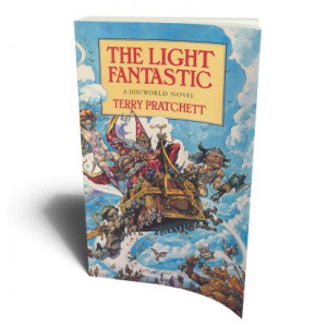 LIGHT FANTASTIC | PRATCHETT T.