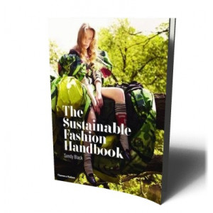 SUSTAINABLE FASHION HANDBOOK | BLACK, SANDY